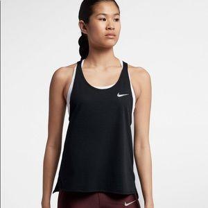 NEW Nike Women's RUNNING Miller Tank Size Medium